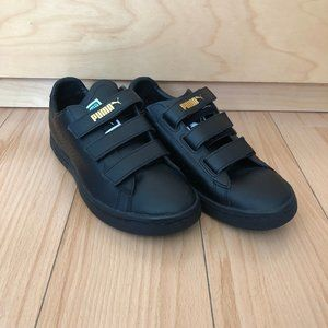 Black tripple velcro sneakers